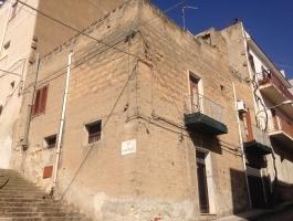 681 sciacca Casa indipendente con terrazzo, magazzino e vista mare